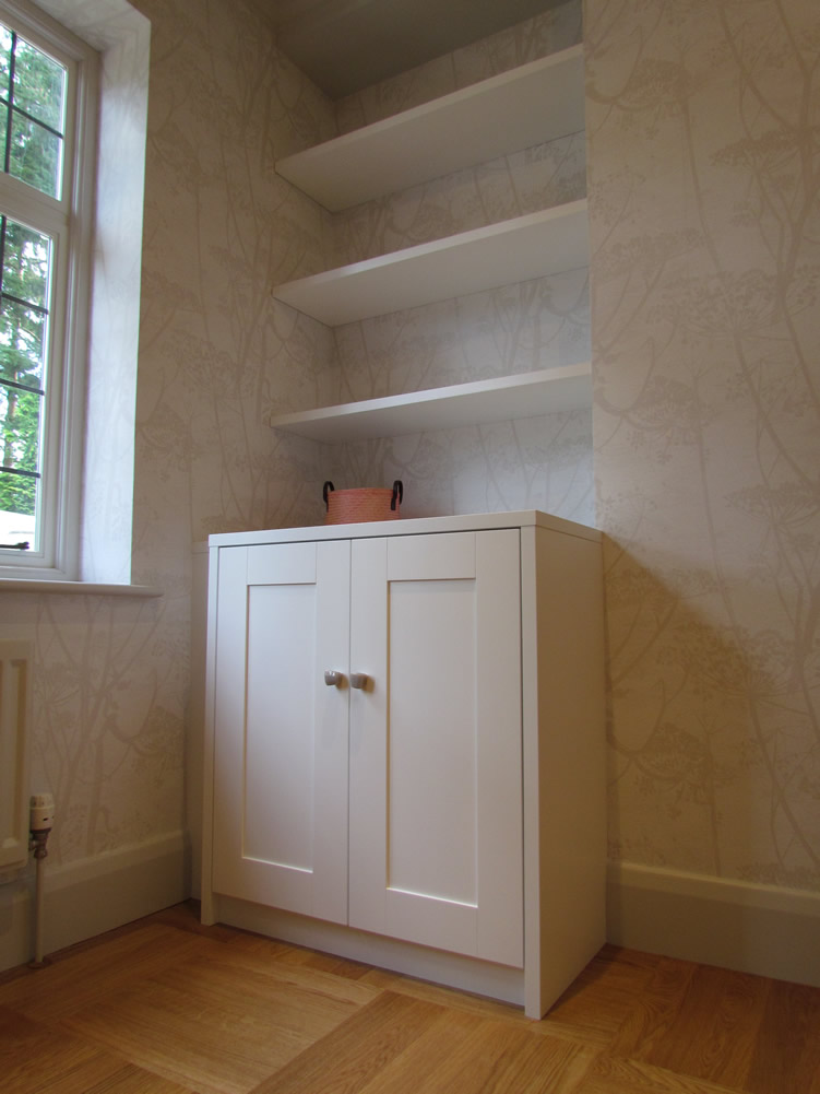 Alcove Shelving and Cupboard