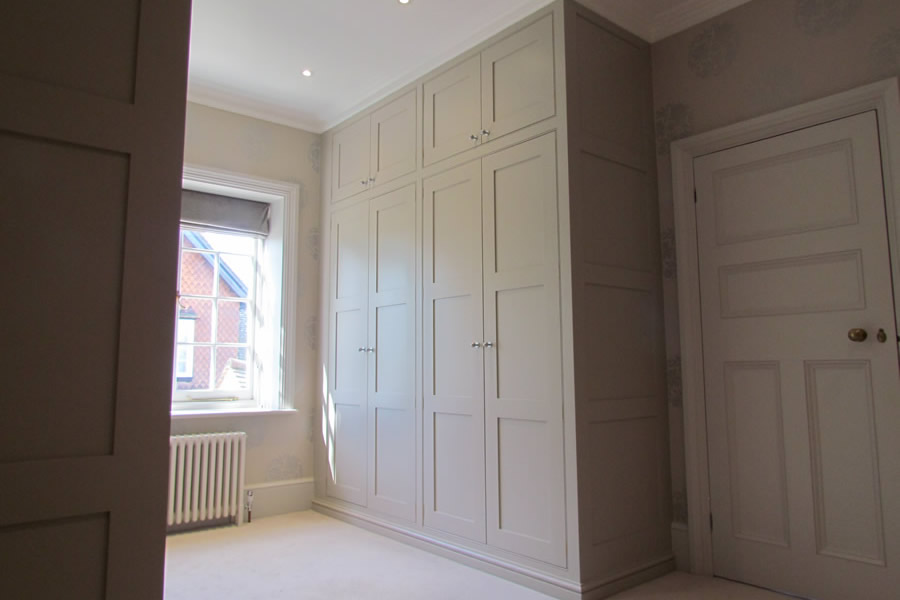 home_panelled_wardrobe